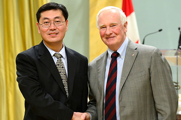 Jiangchuan Liu, Simon Fraser University; His Excellency the Right Honorable David Johnston, Governor General of Canada