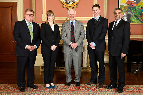 The Honorable Ed Holder, Minister of State (Science & Technology); Kaylee Byers, The University of British Columbia; His Excellency the Right Honorable David Johnston, Governor General of Canada; Rowan Cockett, The University of British Columbia, B. Mario Pinto, President, NSERC