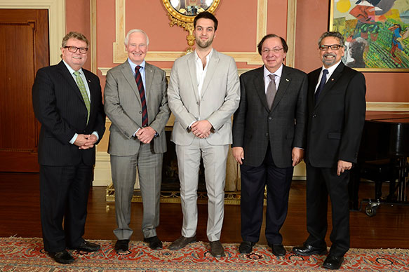 The Honorable Ed Holder, Minister of State (Science & Technology); His Excellency the Right Honorable David Johnston, Governor General of Canada; Jérémy Leconte, University of Toronto; Dr. Howard Alper, Distinguished University Professor, Department of Chemistry, University of Ottawa; B. Mario Pinto, President, NSERC