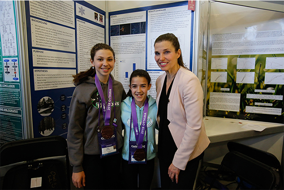 The Honourable Kirsty Duncan, Minister of Science and Sport during tour of Canada-Wide Science Fair Project Zone